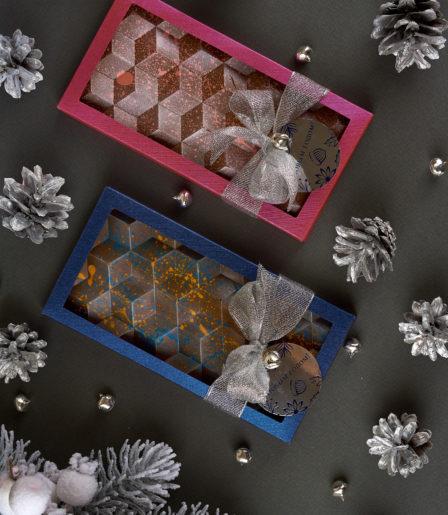 Шоколад ручной работы Р-040